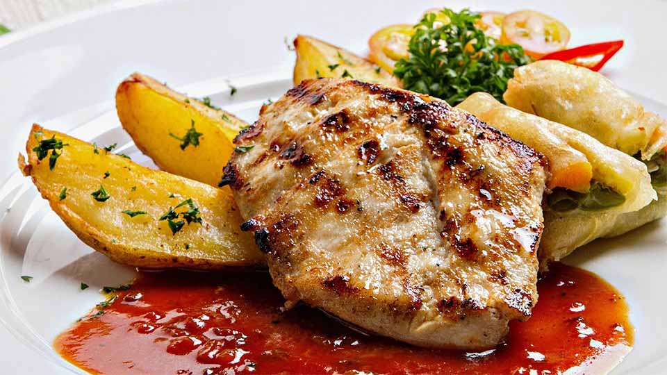 대시 다이어트 식단 예시 닭가슴살 스테이크